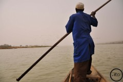 Sur le fleuve Niger