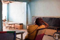 Pour de nombreuses femmes migrantes, les rares opportunités d'emplois sont dans les bars en tant que serveuse ou en tant que prostituées.